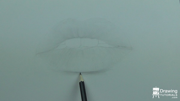 Glossy Lips Drawing 8